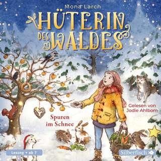 Hüterin des Waldes - Spuren im Schnee Cover