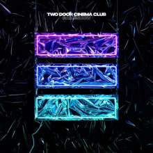 Two Door Cinema Club: Gameshow (Limited Deluxe Edition) (Colored Vinyl), 3 LPs