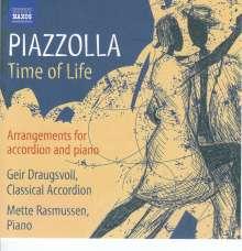 Astor Piazzolla (1921-1992): Die 4 Jahreszeiten für Akkordeon & Klavier, CD