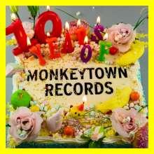 10 Years Of Monkeytown, CD