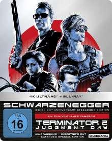 Terminator 2: Tag der Abrechnung (30th Anniversary Edition) (Ultra HD Blu-ray, 3D & 2D Blu-ray im Steelbook), 1 Ultra HD Blu-ray und 2 Blu-ray Discs