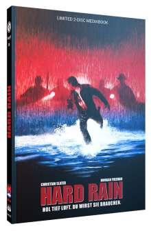 Hard Rain (Blu-ray & DVD im Mediabook), 1 Blu-ray Disc und 1 DVD