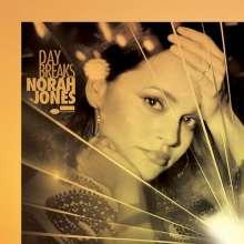 Norah Jones (geb. 1979): Day Breaks (SHM-CD) (Papersleeve), 1 CD und 1 DVD