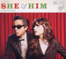 She & Him: A Very She & Him Christmas, CD