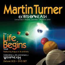 Martin Turner: Life Begins: Live At The Y Theatre, Leicester 2010 (Deluxe Edition), 2 CDs und 1 DVD