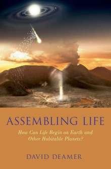 David W. Deamer: Assembling Life, Buch