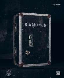 Flo Hayler: Ramones, Buch