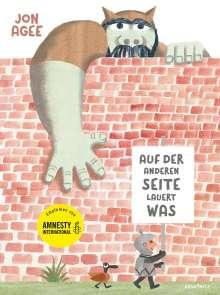 Jon Agee: Auf der anderen Seite lauert was, Buch
