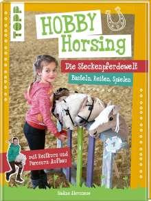 Nadine Abruzzese: Hobby Horsing. Die Steckenpferdewelt, Buch